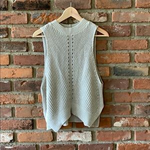 Knitted cut off sweater